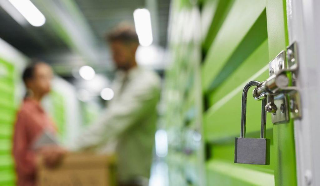 storage unit with a lock