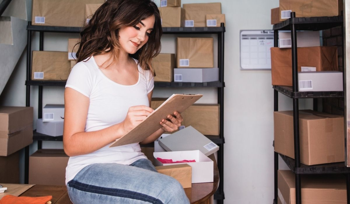 woman lists the things she has on her storage facility